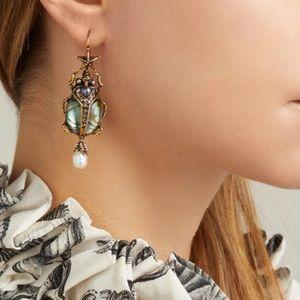 Bug embellishments piercing earrings
